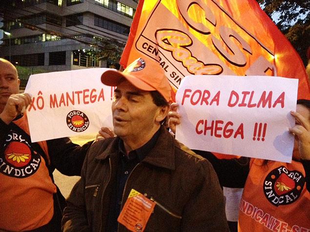 Paulinho da força Golpista em ato pelo Fora Dilma com CSP Conlutas